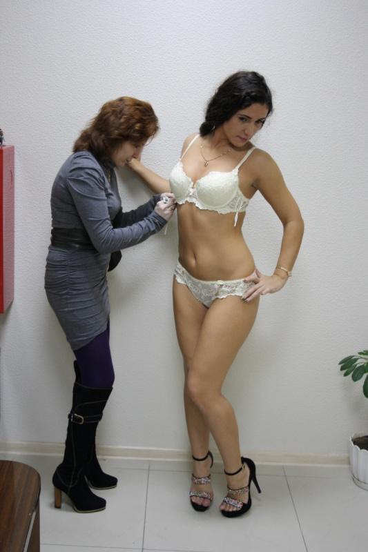 примерка модели Флоранж Антуанетта